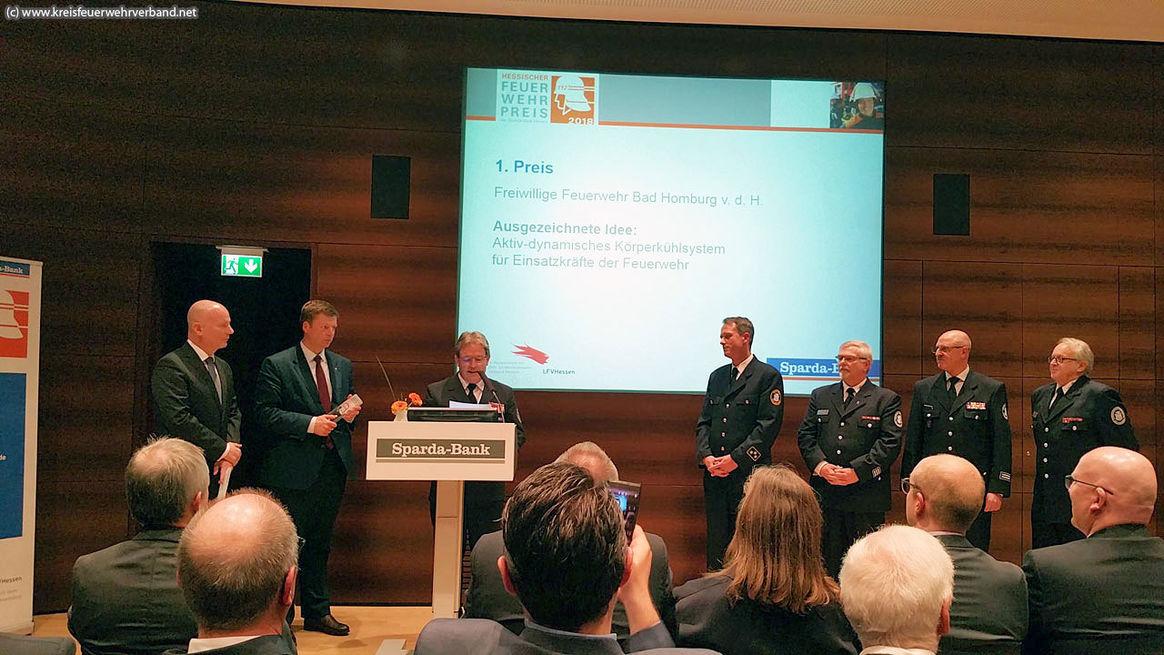 Die Freiwillige Feuerwehr Bad Homburg mit einem Partner aus der Wirtschaft ein Körperkühlsystem entwickelt